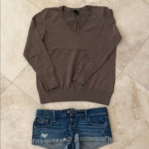 H&M brown v neck sweater knit fall cute brown